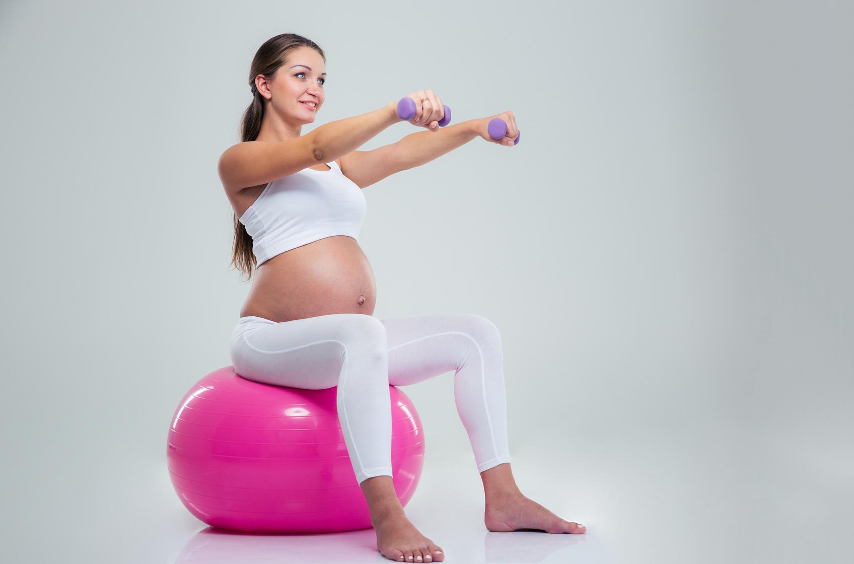 Práctica de ejercicio durante el embarazo | Especial Mamá