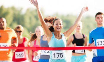 Qué comer y qué tomar: antes, durante y posterior a una corrida o maratón